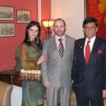 Александра Загряжская, Александр Рябичев и посол Индии в России Прабхат Шукла, 2  марта 2010 года