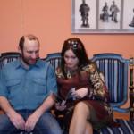 """Скульптор Александр Рябичев с женой Александрой Загряжской на выставке """"Династия"""" 15 мая 2010 года"""