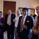 Скульпторы  Александр Шенгелия, Александр Рябичев (третий слева), посол Индии в России Прабхат Шукла на приеме в посольстве Индии 25 июня 2010 года